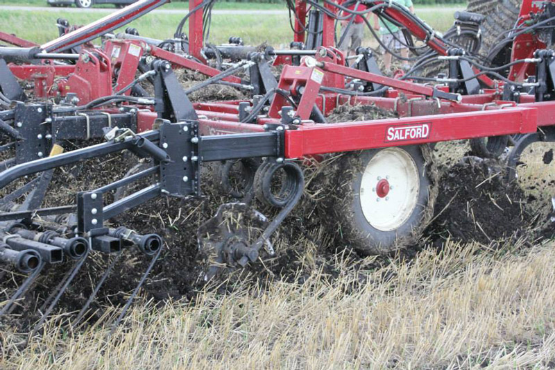 Salford manufacturing variable depth tillage with chisel plow equipment.