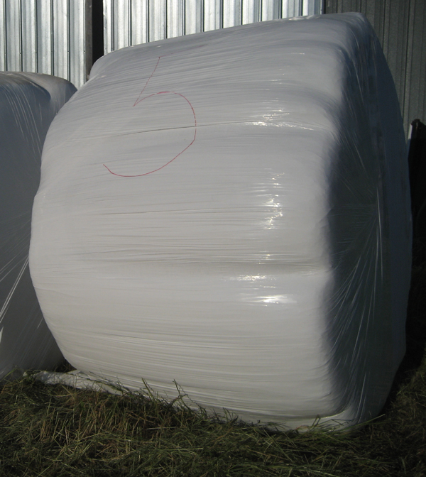 large-round-hay-bale-wrapping.jpg