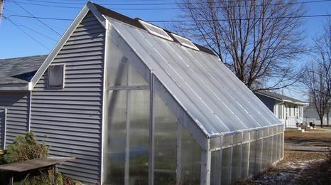 Deep Winter Greenhouses | UMN Extension